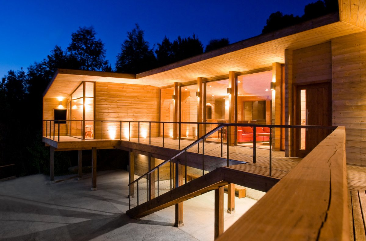 custom homes built using shipping containers - Homes Built With Shipping Containers